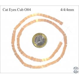 Perles oeil de chat lisses - Cubes/4 mm - Orange clair
