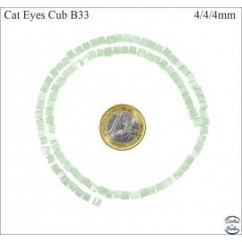 Perles oeil de chat lisses - Cubes/4 mm - Turquoise clair