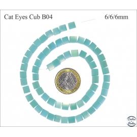 Perles oeil de chat lisses - Cubes/6 mm - Turquoise clair