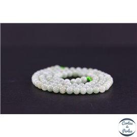Perles semi précieuses en jade de Birmanie - Ronde/4 mm - Vert pâle