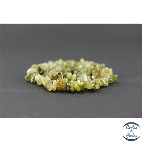 Perles en grenat vert - Chips/5-12 mm