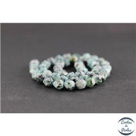 Perles facettées en jaspe sésame - Pépites/8mm