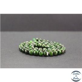 Perles en diopside de Russie - Rondes/6mm - Grade AB