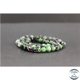 Perles facettées en anyolite de Tanzanie - Pépites/6mm - Grade AB