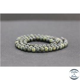 Perles en serpentine du Canada - Rondes/4mm - Grade AB+