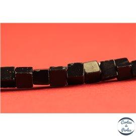 Perles semi précieuses en agate - Carrées/4 mm - Noir