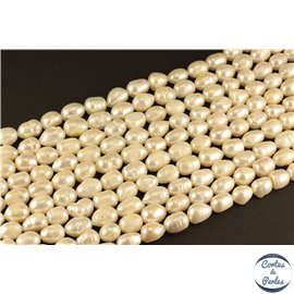 Perles de culture - Ovales/9mm - Blanc