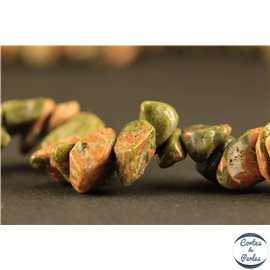 Perles semi précieuses en unakite - Pépites/4 mm