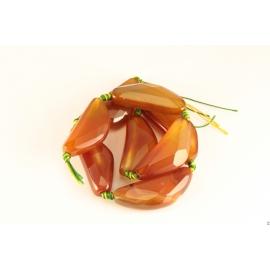Perles semi précieuses en Agate - Triangle/42 mm - Cornaline Rouge