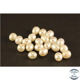 Boucles d'oreilles en perles de culture- Gouttes/7 mm - Blanc orangé - Grade AA