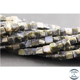 Perles semi précieuses en labradorite - Cubes/4 mm - Gris smoke