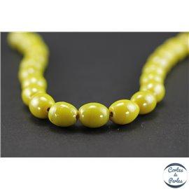 Perles indiennes en verre - Ovales/13 mm - Vert anis light