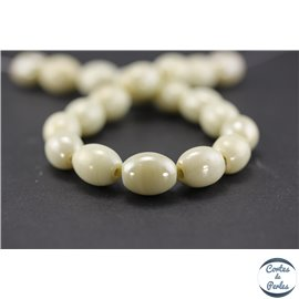 Perles indiennes en verre - Ovales/13 mm - Mint cream