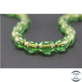 Perles indiennes en verre - Ovales/14 mm - Vert prairie
