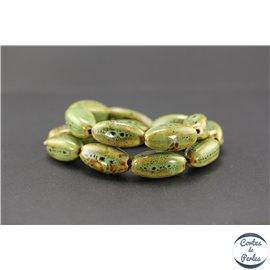Perles en céramique - Ogives/25 mm - Vert cyprès