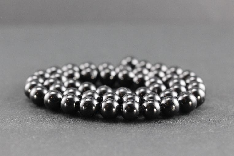 Perles en spinelle